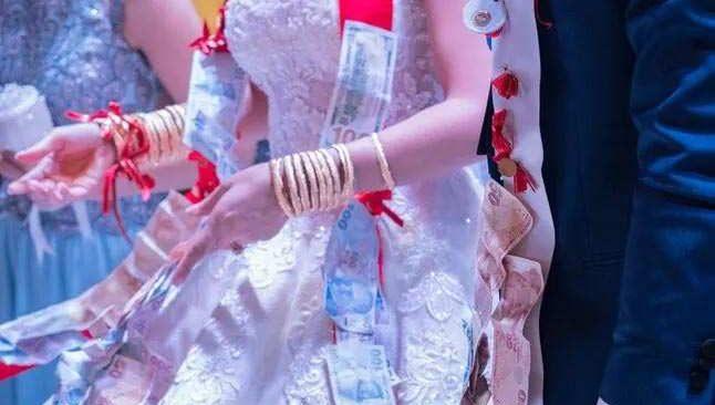 Kayseri'de düğünde çıkan kavgada damat yaralandı