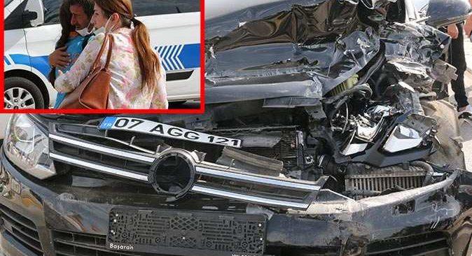 Antalya'da kamyonet karşı şeride geçerek araçları biçti! Yaralılar var