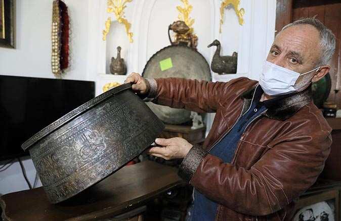 Antalya'da çöpten çıkarılıyor, binlerce liraya satılıyor