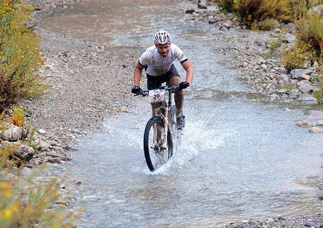 Kemer'de bisiklet turizmi hareketliliği