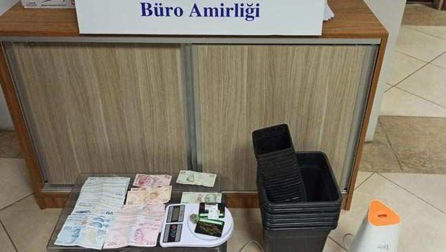 Antalya'da uyuşturucu satıcısına kartal darbesi