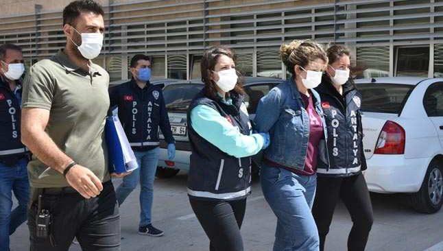 Antalya'da 2,5 milyon liralık vurgun! Kolombiyalı aile yakalandı