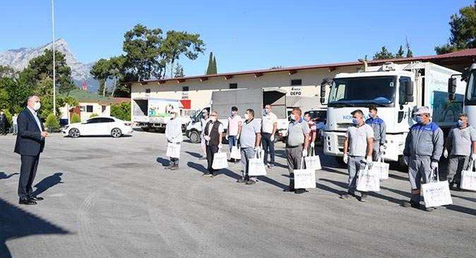 Konyaaltı Belediyesi personeline ücretsiz koronavirüs testi