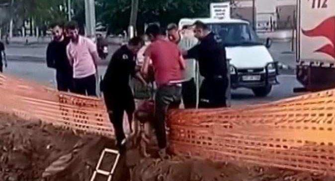 Antalya'da çaresiz köpeğin yardımına itfaiye ekipleri koştu