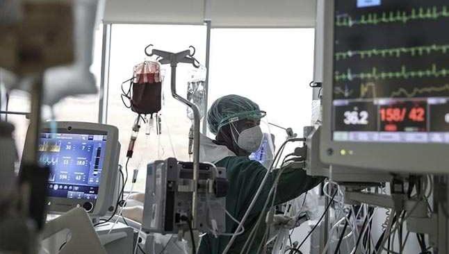 12 Nisan Pazartesi Türkiye'nin Koronavirüs Tablosu açıklandı! Durumum kritik...