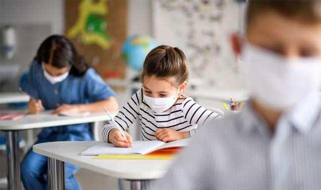 Mutant virüsün yayılımıyla çocuklarda Kovid-19 belirtileri görülmeye başladı! İşte çocuklarda görülen belirtiler...