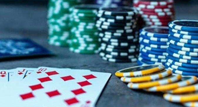 Antalya'da kumar baskını! 56 bin 324 lira ceza kesildi
