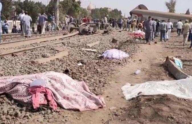 SON DAKİKA... Mısır'da tren raydan çıktı! Çok sayıda ölü ve yaralı var