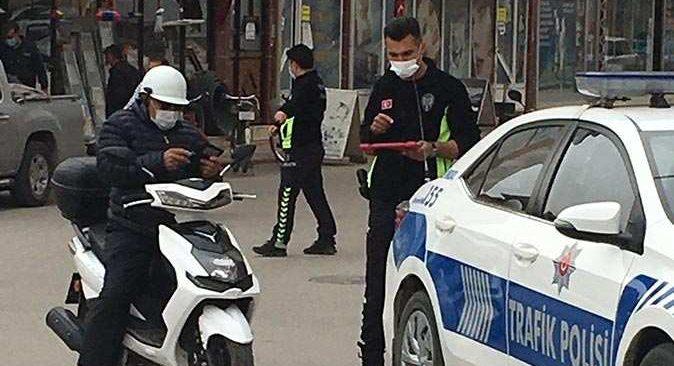 Korkuteli'nde ekiplerden motosiklet denetimi! O sürücülere ceza kesildi