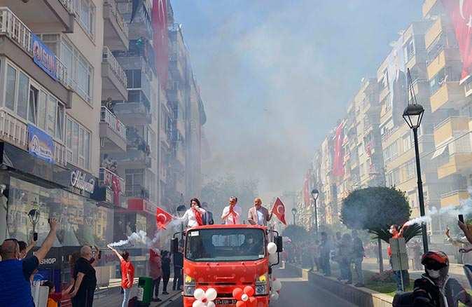 Muratpaşa Belediyesi'nden muhteşem 23 Nisan kutlaması