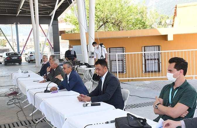Kuzdere mahallesinde imar planları ile ilgili bilgilendirme toplantısı yapıldı