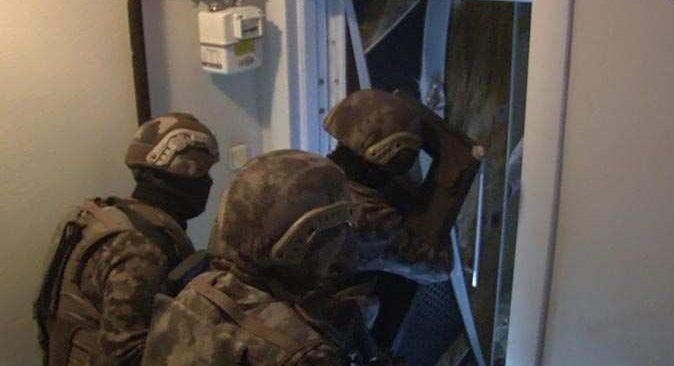 İstanbul merkezli 2 ilde operasyon! Çok sayıda kişi gözaltına alındı