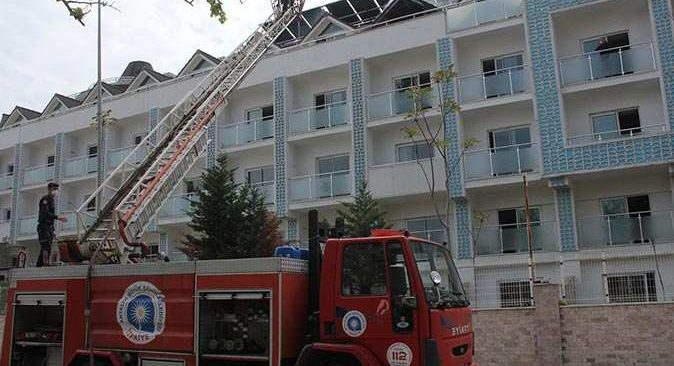 Antalya'da 5 yıldızlı otelde yangın!
