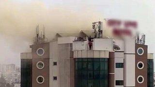 Antalya'da 4 yıldızlı otelin çatısını dumanlar sardı