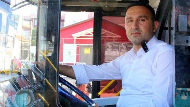 Antalya'da darbedilen kadını kurtaran otobüs şoförüne bıçaklı tehdit