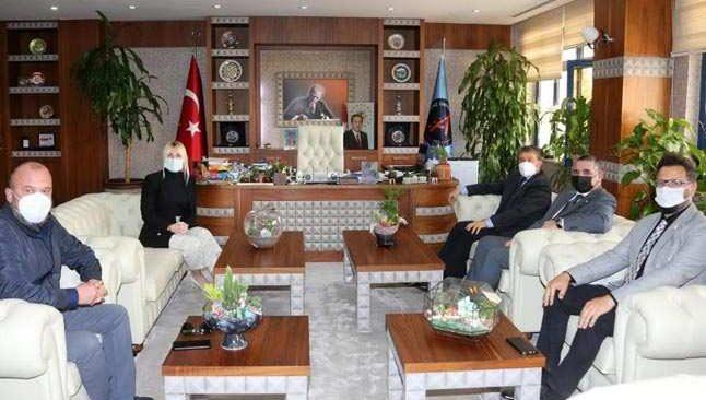 KKTC Sağlık Bakanı Ünal Üstel'den Akdeniz Üniversitesi'ne ziyaret