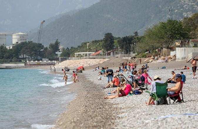 Sıcaklığın artmasıyla sahiller doldu