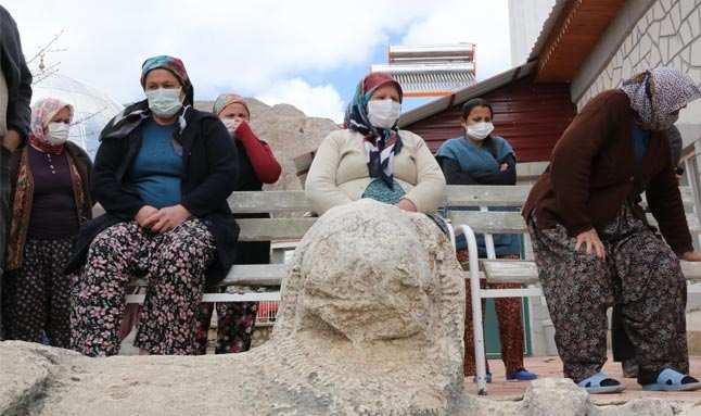 Antalya'da gerginliğe sebep olmuştu! Tarihi eserlerin taşınması ertelendi