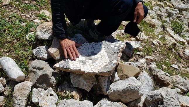 Antalya'da tarihe büyük ayıp! Dinamitle talan ediliyor...