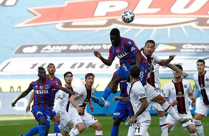 Son dakika.. Trabzonspor Karagümrük'ü yenerek galibiyeti hatırladı