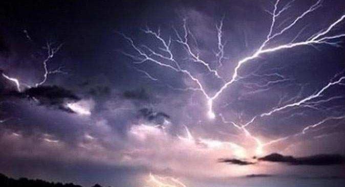 Bu bölgelerde yaşayanlar dikkat! Gök gürültülü sağanak yağış geliyor