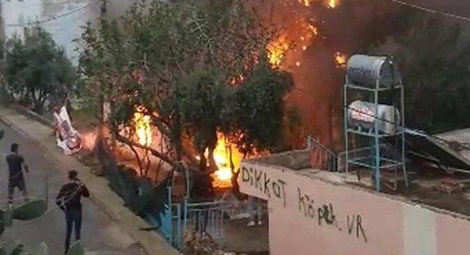 Antalya'da ev cayır cayır yandı! Bayılan kadını komşuları kurtardı