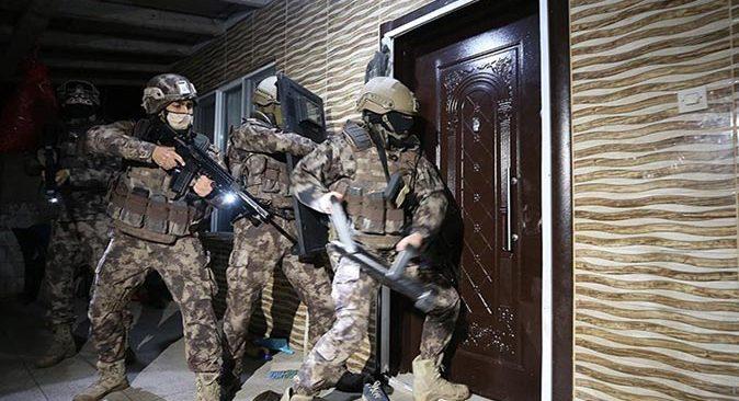 Son dakika.... Antalya dahil 8 ilde organize suç örgütlerine yönelik operasyon