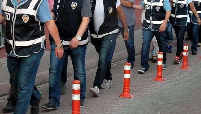 Aranan 215 şüpheli Antalya'da yakalandı