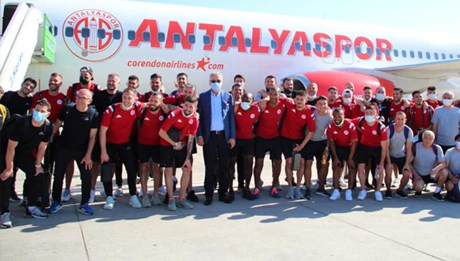 Antalyaspor'dan, Corendon Airlines'le tarihi yolculuk