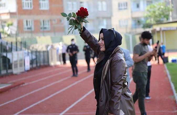 Cevher Erdem Türk Futbol Tarihi'nin ilk şampiyon kadın başkanı oldu