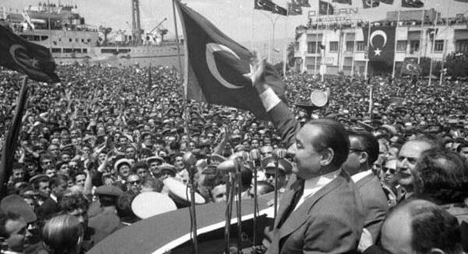 Başkan Ethem Taş: 'Demokrasimize ve irademize düşman olan şer odaklarını hiçbir zaman unutmayacağız'