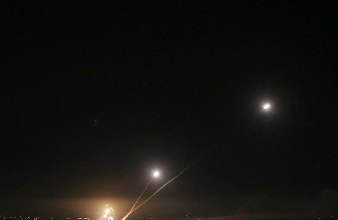 Son Dakika... İsrail ordusu, Lübnan'dan 3 roket atıldığını duyurdu