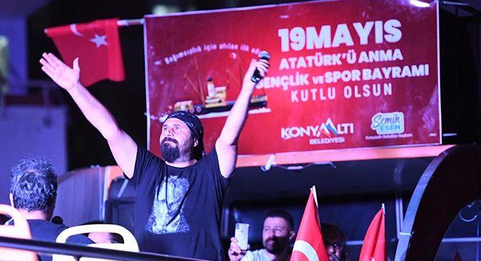 Konyaaltı Belediyesi 19 Mayıs'ta değerli sanatçıları Antalyalılar ile buluşturacak