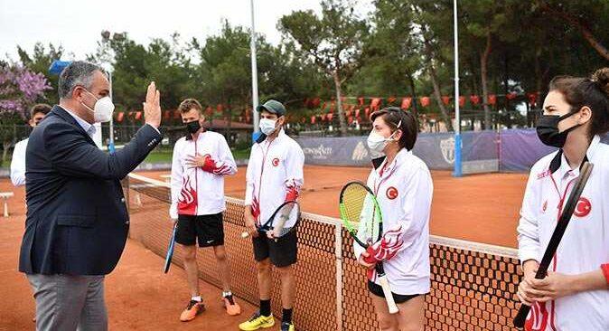 Tenis Milli Takımı HayatPark kortlarında