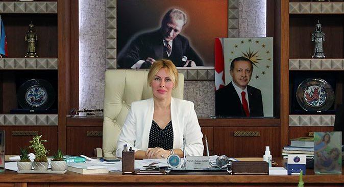 Akdeniz Üniversitesi Rektörü Prof. Dr. Özlenen Özkan'dan Bayram Mesajı