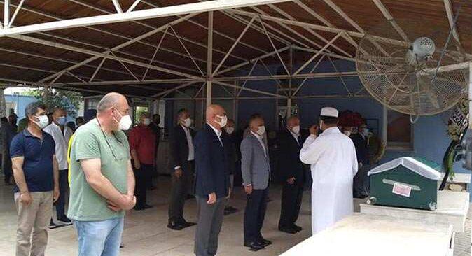 Antalya eski Valisi Saim Çotur'un eşi Ünzile Çotur hayatını kaybetti