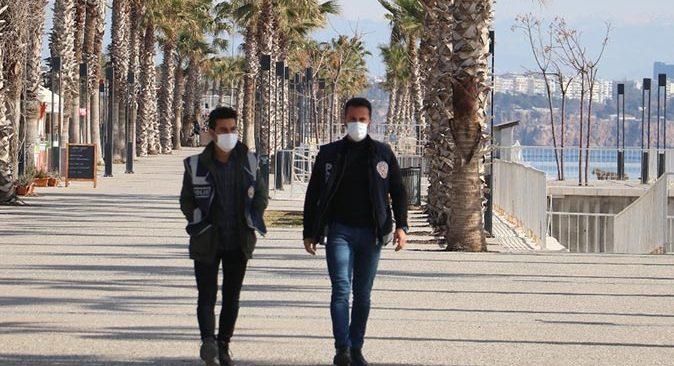 Alanya'da kuralları ihlal edenlere106 bin TL ceza kesildi