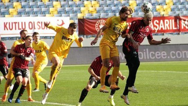 Süper Lig'de düşen 4 takım belli oldu
