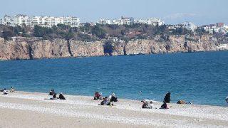 Antalya'da hava az bulutlu ve açık geçecek