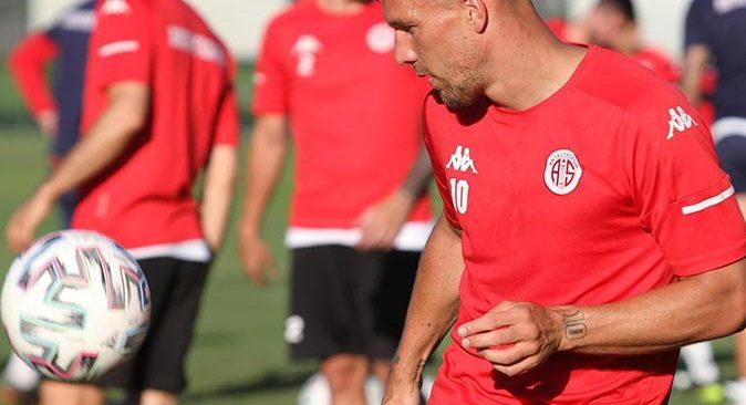 Antalyaspor Konyaspor maçının hazırlıklarını sürdürüyor
