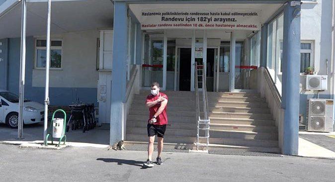 A Milli Futbol Takımı'ndan 11 kişi Antalya'da aşı oldu