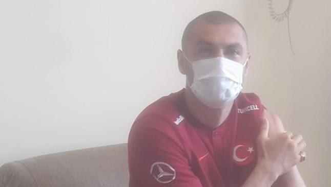 Burak Yılmaz Antalya'da korona virüs aşısı oldu