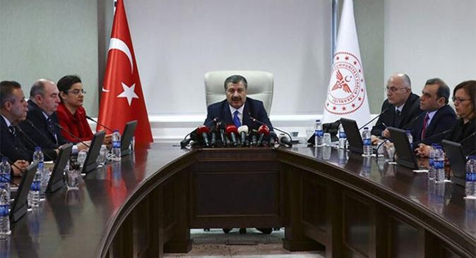 Bakan Fahrettin Koca açıkladı: Prof. Dr. Uğur Şahin, Bilim Kurulu toplantısına katılacak
