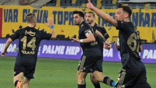 Fenerbahçe Ankaragücü'nü uzatmalarda devirdi