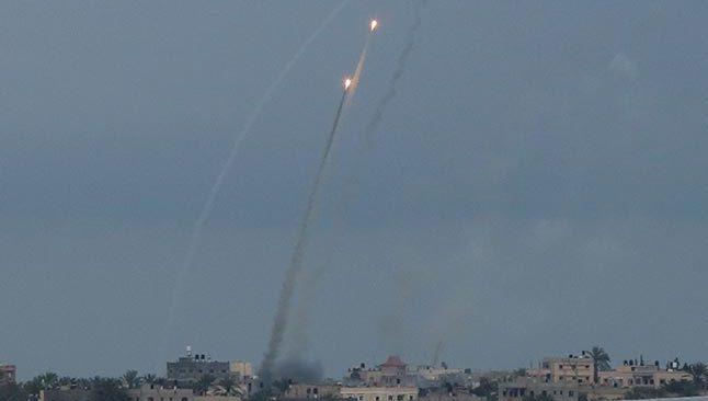 SON DAKİKA! Hamas'tan İsrail'e roket saldırısı