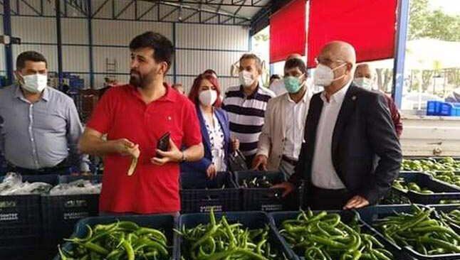 İYİ Parti Antalya Milletvekili Hasan Subaşı'dan üreticiye destek