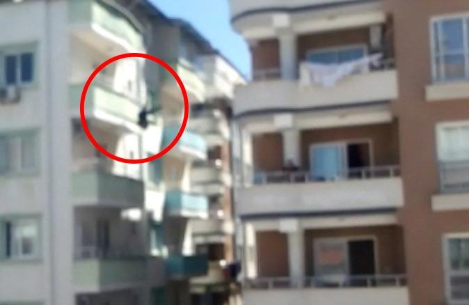 Osmaniye'de 26 yaşındaki kadın 5. kattan atladı