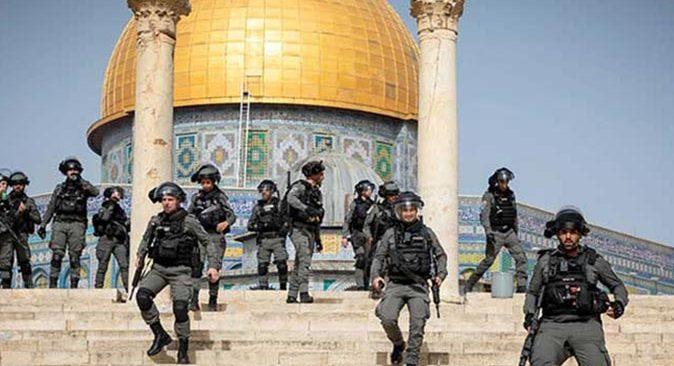 İsrail ateşkesi bozdu! Cuma namazı sonrası cemaate saldırdılar
