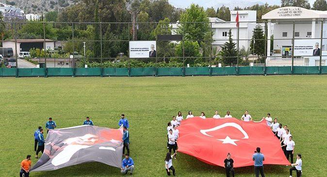 Konyaaltı Belediyesi sporcularından 19 Mayıs mesajı