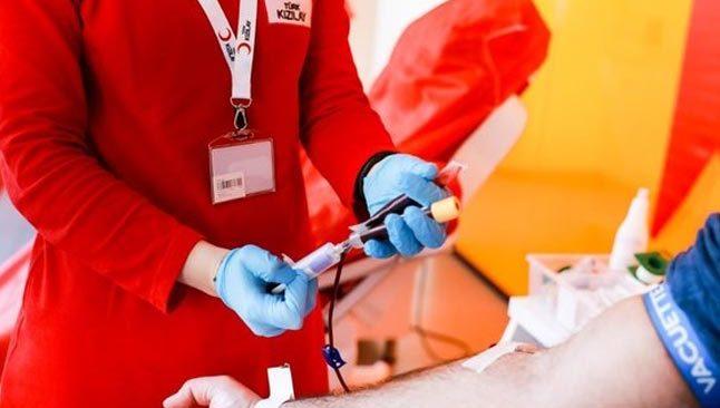 Antalya'da STK'lerden toplu kan bağışı etkinliği